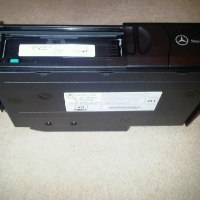 W203 C-class CD changer + bracket